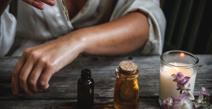 Les 10 meilleures huiles essentielles contenant de la vitamine A et leur évaluation [Mis à jour en 2020].